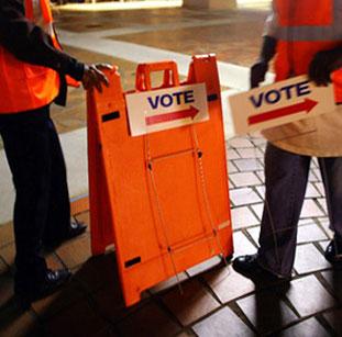 सवालों के अंबार पर बैठी अमेरिकी निर्वाचन प्रणाली